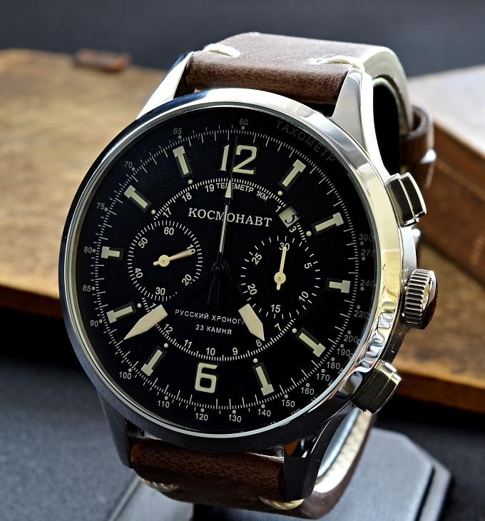 Jeden jediný kus hodinek z limitované edice Kosmonaut čeká právě na vás a3c554c66f6
